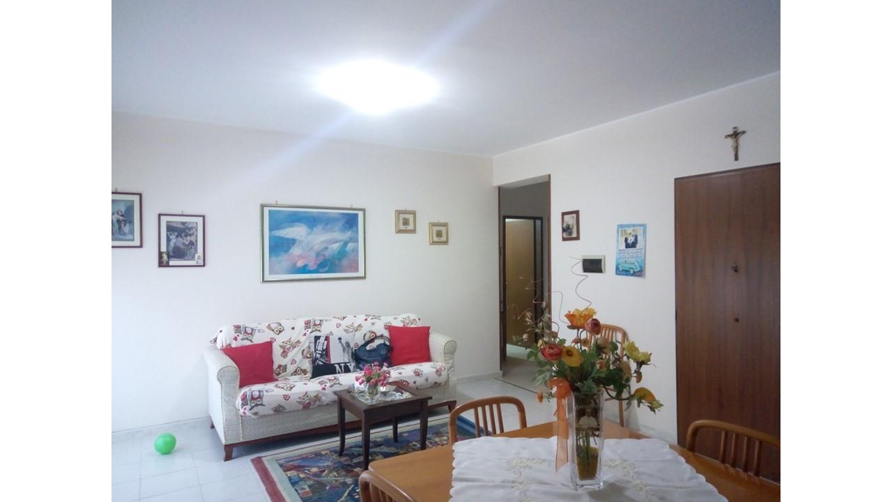 Appartamento con ascensore COD.AV141